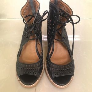 Jeffrey Campbell Black Peeped Toed Booties!